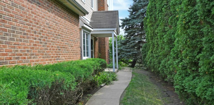 4144 Florence Way, Glenview, IL 60025