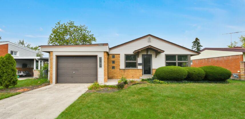 7502 Palma Lane, Morton Grove, IL 60053